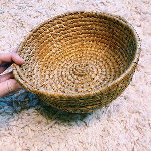 Vintage Storage & Organization - Vintage Round Wicker Coffee Table Basket w/ Handle